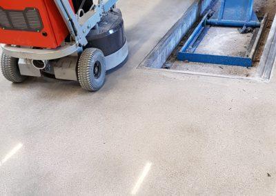 eindresultaat betonvloerrenovatie XJ Hiper Commercial