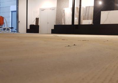lijmresten op vloer voor aanvang